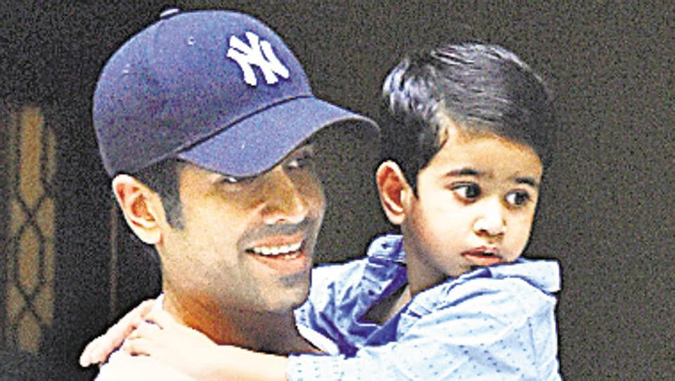In a freewheeling chat, Tusshar Kapoor  talks about how his journey as a father has been so far.