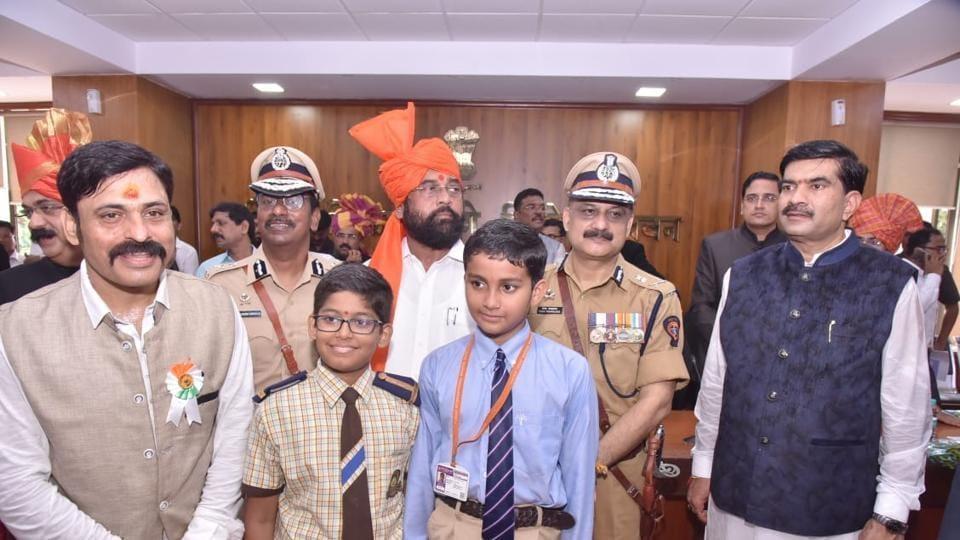 Advait Vaibhav Thakre of Podar International School, Kalyan, was awarded a scholarship by MP Eknath Shinde.