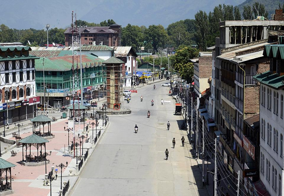 Government says opportunities for investment & employments will open up in Jammu-Kashmir and Ladakh post abrogation of Article 370