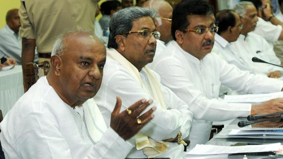 Former Prime Minister HD Deve Gowda and former Karnataka Chief Minister Siddaramaiah have started blaming each other for the collapse of the coalition government in the state.