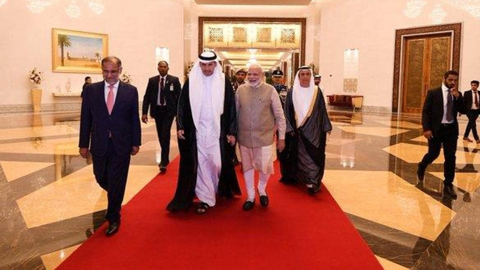 PM Narendra Modi arrived in Abu Dhabi on the 2nd leg of his 3-nation tour.