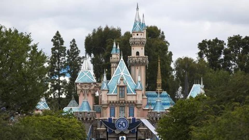 The girl visited the Universal Studios Theme Park and several destinations in Hollywood and Santa Monica during her stay in southern California, said Los Angeles health officials.