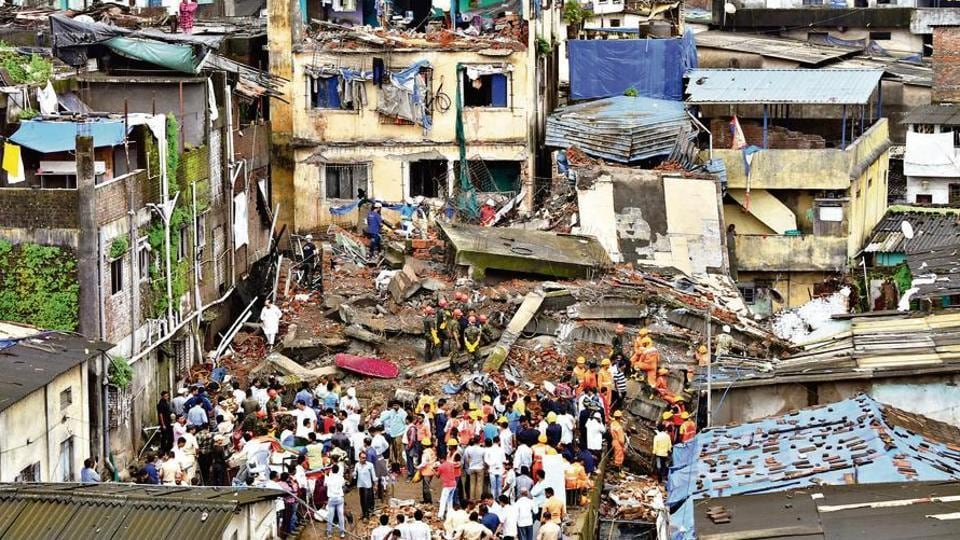Two died and five were injured when the ground plus four floored Munnavar building collapsed in Bhiwandi Shanti nager area on Saturday around 1.15am. Twenty-two families were evacuated from the building which was illegally built. The rescue operation was carried out by TDRF and NDRF team.