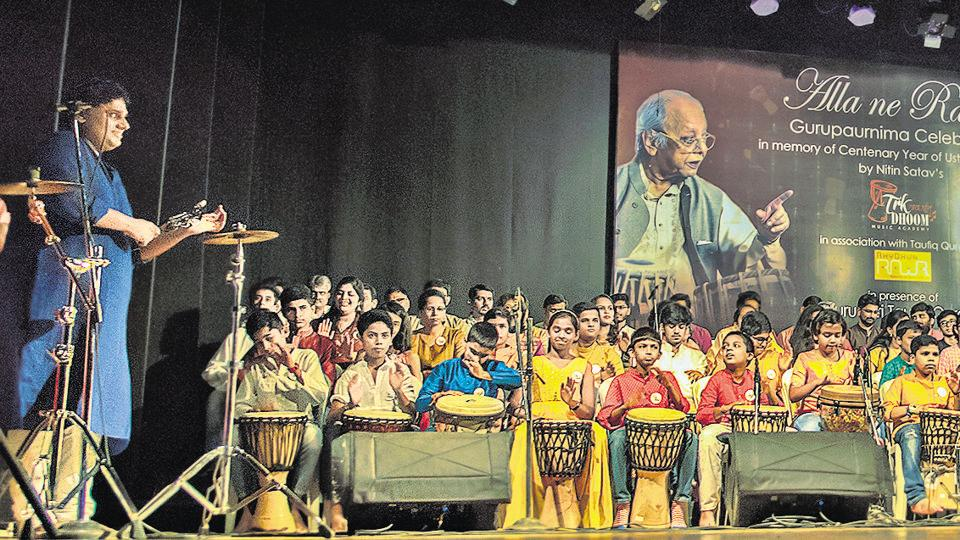 A total of 100 djembe students got together at Sakal Lalit Kalaghar to mark the centenary year of tabla maestro Ustad Alla Rakha. They performed an Indian classical style rhythm created by Taufiq Qureshi.