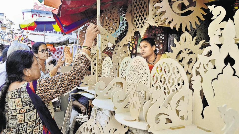 Papier mache to cow dung idols: Puneites go green with decor