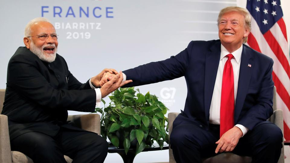 US President Donald Trump with Prime Minister Narendra Modi, Biarritz, France, August 26, 2019. REUTERS/Carlos Barria