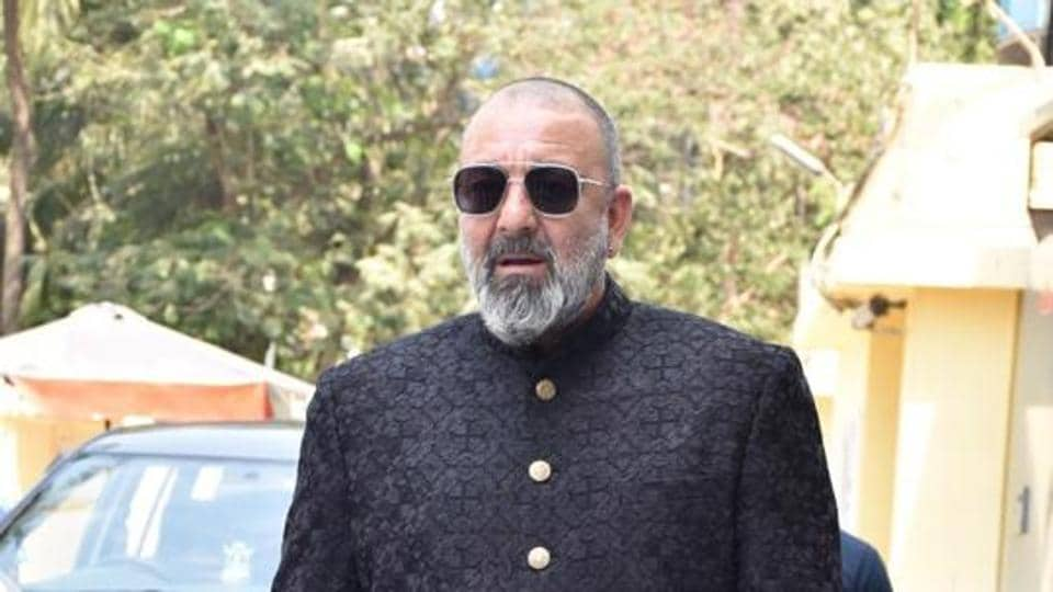 Maharashtra's ruling coalition partner RSP chief Mahadev Jankar created a flutter by claiming that Bollywood actor Sanjay Dutt would join his party.