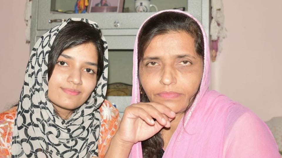 Irm Shamim (left) with her mother. Shamim is the first girl from Gujjar community in Rajouri to crack AIIMS MBBS exam.