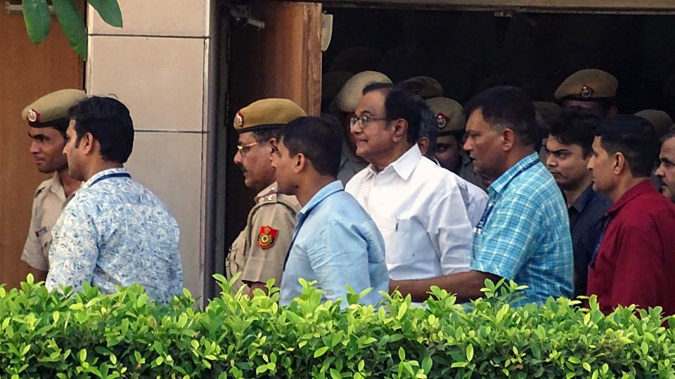 New Delhi, Aug 26 (ANI): Former Finance Minister P. Chidambaram being taken to the CBI custody till 30th August after hearing in Rouse Avenue District Court in New Delhi on Monday. (ANI Photo)