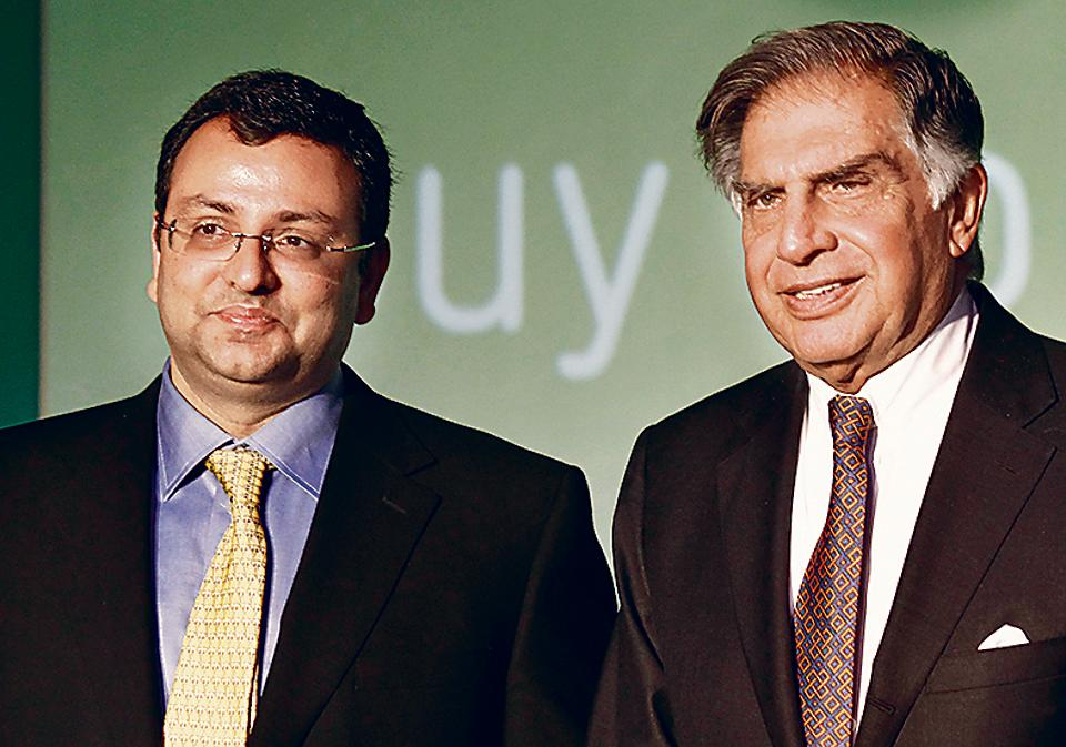 Cyrus Mistry and Ratan Tata  at the announcement of Infiniti Retail Ltd's foray into e-commerce with the launch of Cromaretail.com at The Taj, Colaba, Mumbai, on Monday 23 April 2012