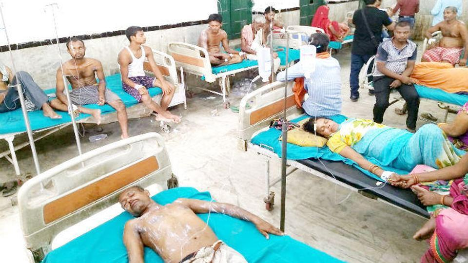 Eight of those injured in the acid attack have been admitted to a hospital in Hajipur.