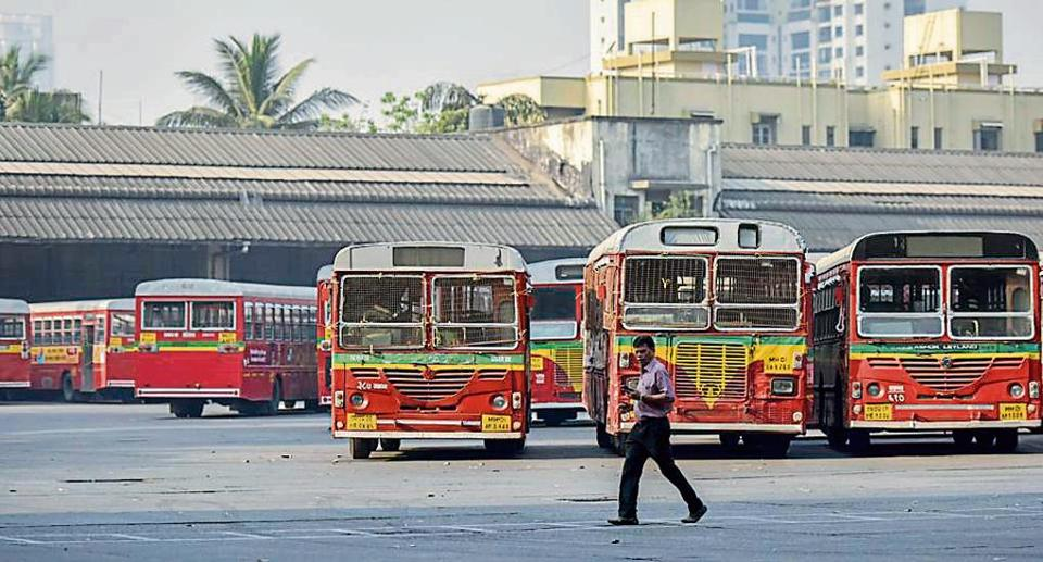 A decade ago, BEST had 290 AC buses in its fleet, but its undertaking discontinued the service from April 2017 amid heavy losses.