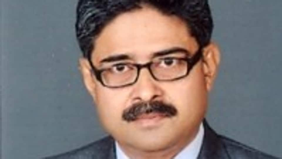 Patna HC judge Justice Rakesh Kumar (in photo), while hearing the bail plea of retired IAS officer KP Ramaiah, had questioned the manner in which he was granted by a lower court.