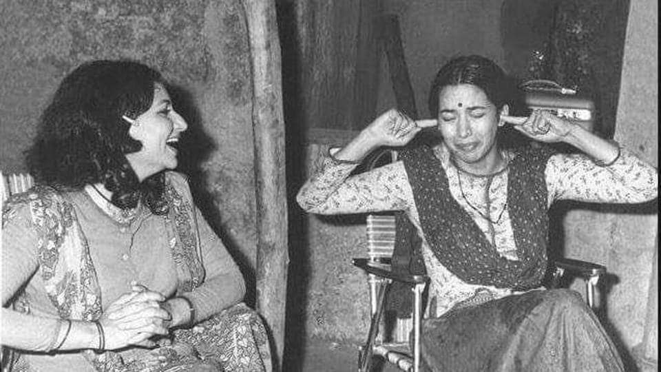 Shabana Azmi and Sharmila Tagore on the sets of Namkeen, a 1982 film directed by Gulzar.