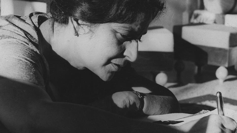 On Amrita Pritam's 100th birth anniversary, here are some of her poems and quotes that will move you, yet inspire you
