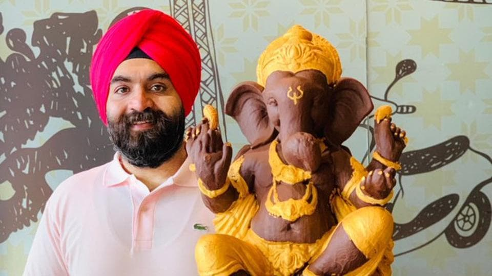 This the fourth year Harjinder Singh Kukreja has posted about chocolate Ganesha.