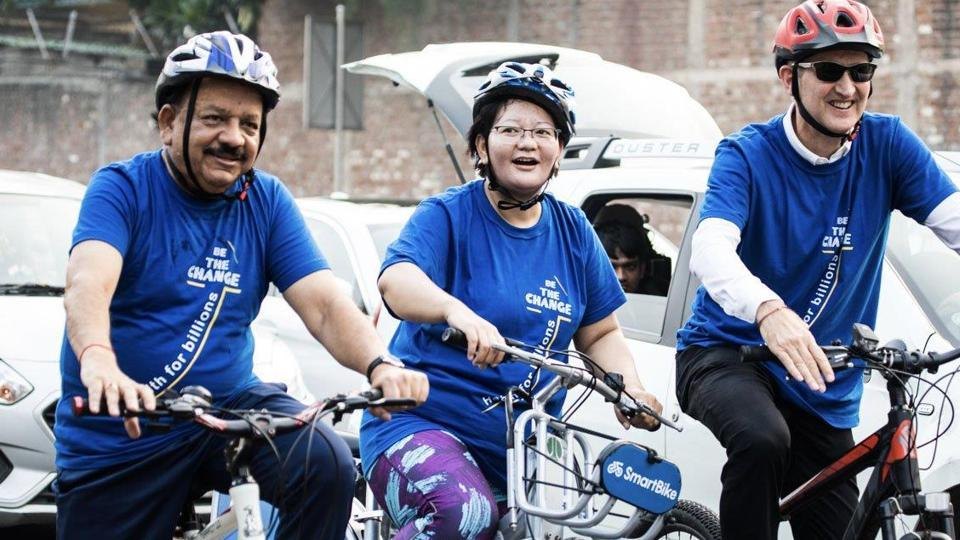 Union health minister Harsh Vardhan cycled to the venue of a WHO meet in New Delhi, September 3, 2019.