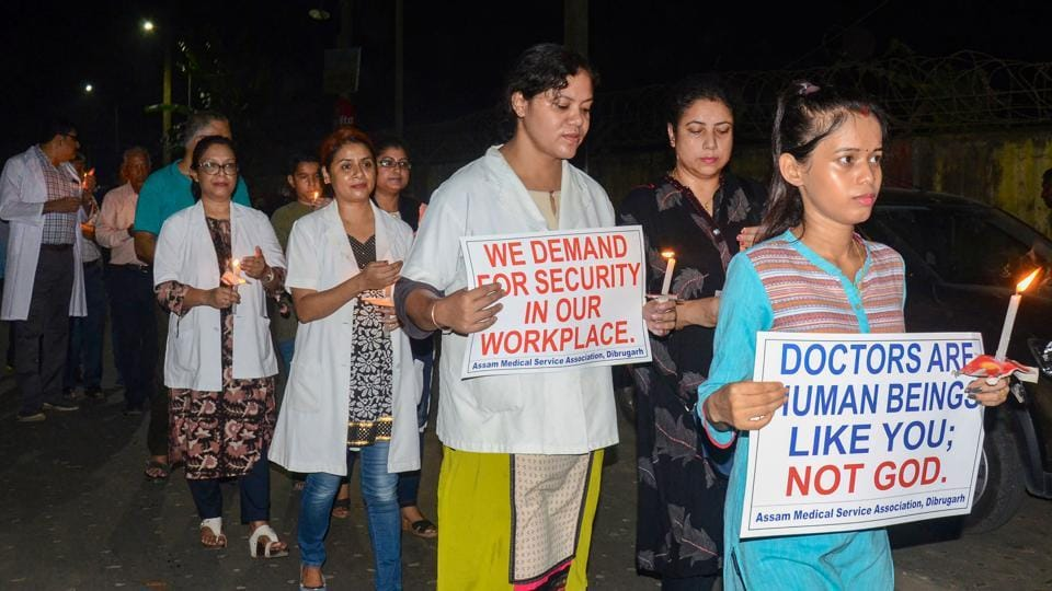 Assam Medical College and Hospital Teachers Association and the Assam wing of the Indian Medical Association (IMA) take out a candle light march inDibrugarh  to protest the murder Dr Deben Dutta  in a tea estate in Teok.