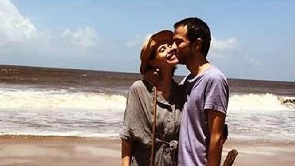 Kalki Koechlin poses with boyfriend Guy Hershberg.