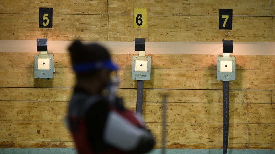 hooters participate in the Juniors 10m Air Rifle qualifiers.