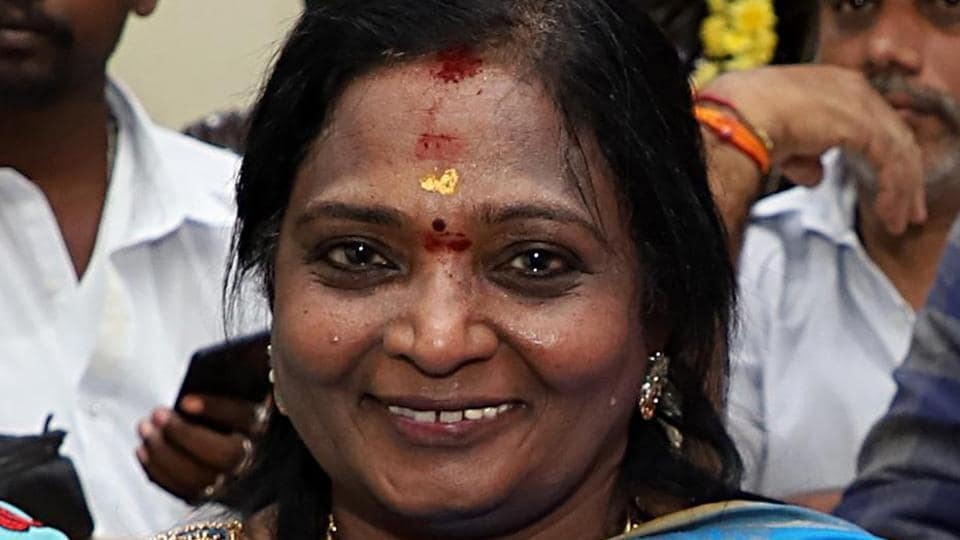 Tamilisai Soundararajan being felicitated by BJP supporters after appointed as a Telangana Governor in Chennai.