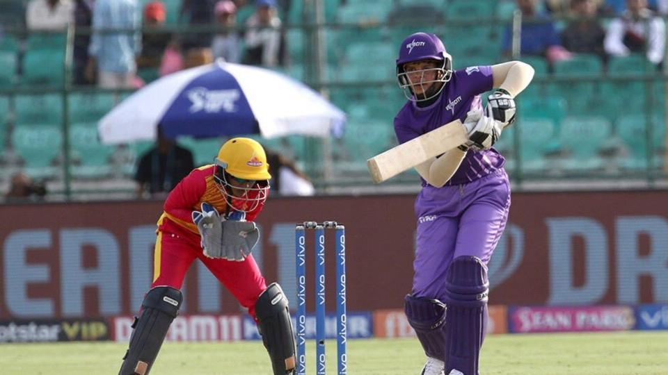 Shefali Verma plays a shot