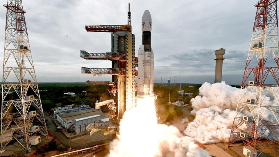 India's Geosynchronous Satellite Launch Vehicle Mk III-M1 blasts off carrying Chandrayaan-2 from the Satish Dhawan space centre at Sriharikota, India, July 22, 2019. Indian Space Research Organisation/Handout via REUTERS