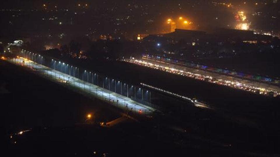 An aerial view of six-lane bridge across Yamuna Expressway parallel to Kalindi Kunj Barrage, in Noida.