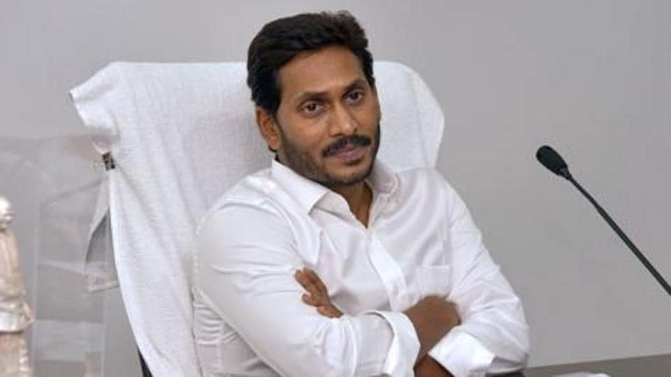 The new excise policy of the YS Jagan Mohan Reddy-led government in Andhra Pradesh may well turn out to be a boon for the neighbouring Telangana.