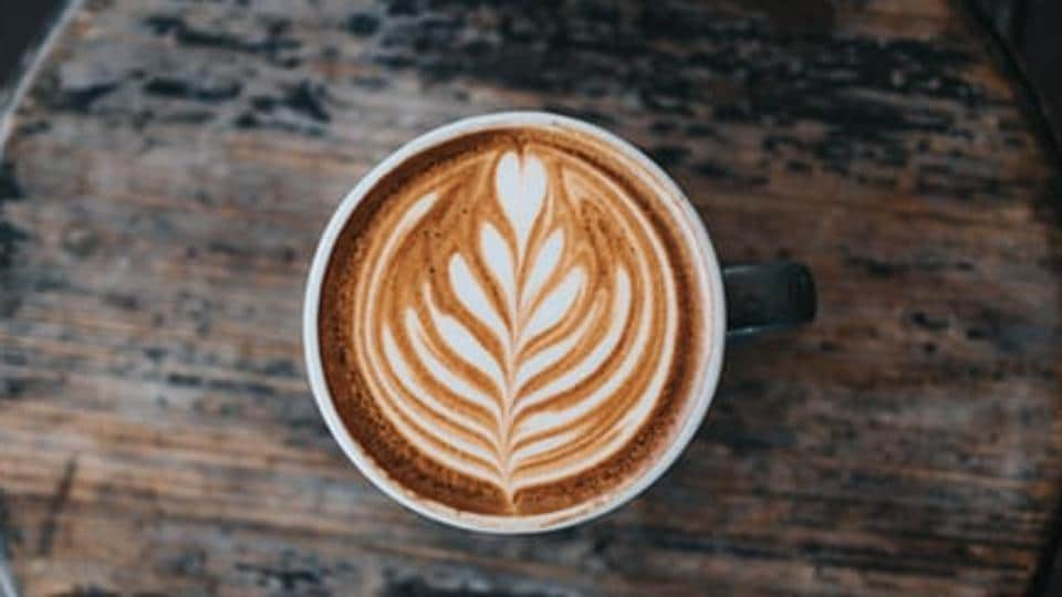 Instant coffee, often relegated to brownie recipes and steak rubs, is making a comeback and even winning grudging approval from connoisseurs.