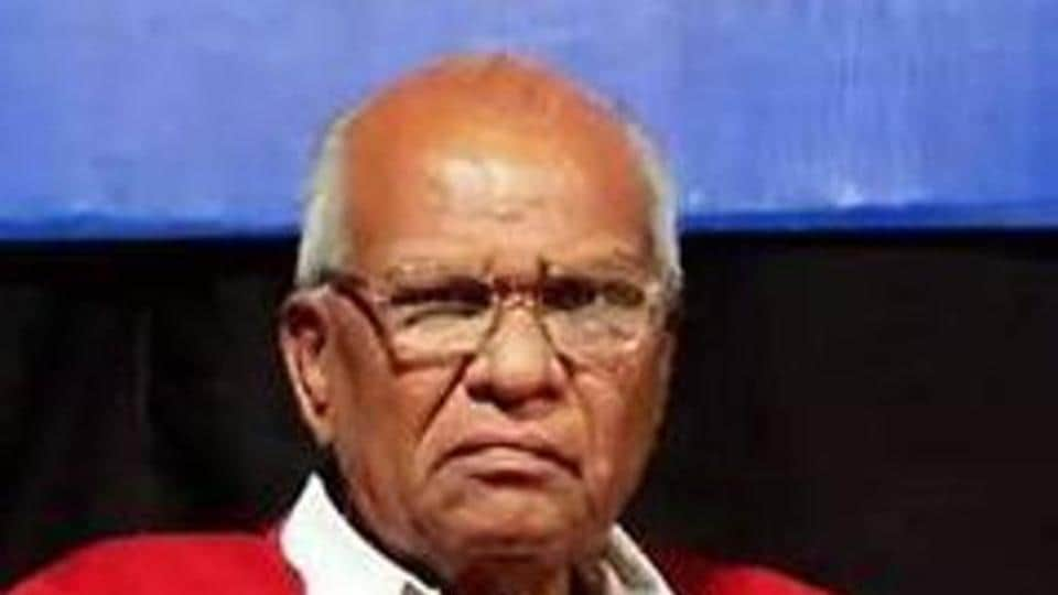 The Special Investigation Team (SIT) of the Maharashtra State Criminal Investigation Department (CID) arrested three people in connection with the murder of veteran CPI leader Govind Pansare