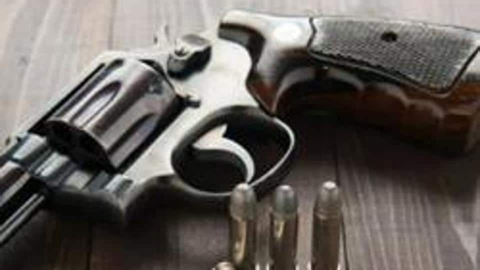 Three men suffered gunshot injuries during a scuffle between two men over purchase of a battery in Shahdara's Geeta Colony on Sunday evening.