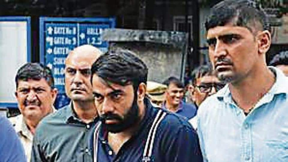 A jeweller, a trader in Delhi and three of his close aides helped Kaushal (centre) run his business in city