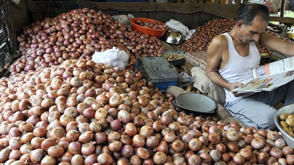 Agricultural marketing in India is a complex system, with a mix of organised and unorganised markets. Farmers mainly sell in mandis, which are state-run market yards known as agricultural produce marketing committees (APMCs). (Shankar Mourya/HT Photo)
