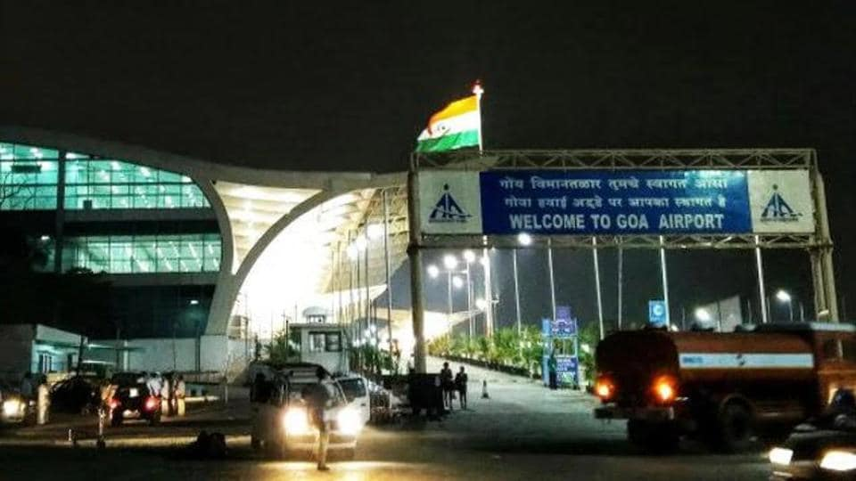 The Goa airport witnesses congestion and jostle for parking bays between various operators.