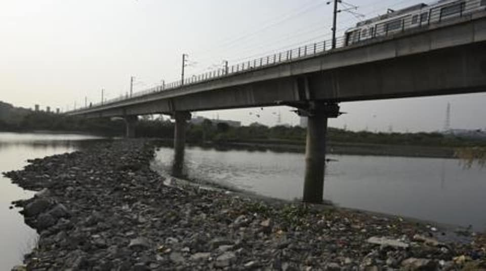 Delhi Jal Board and municipal corporations to ensure that a mechanism is evolved whereby raw sewage from these colonies gets collected and taken to a central sewage treatment plant (STP) for treatment till such time sewrage network is established in these colonies.
