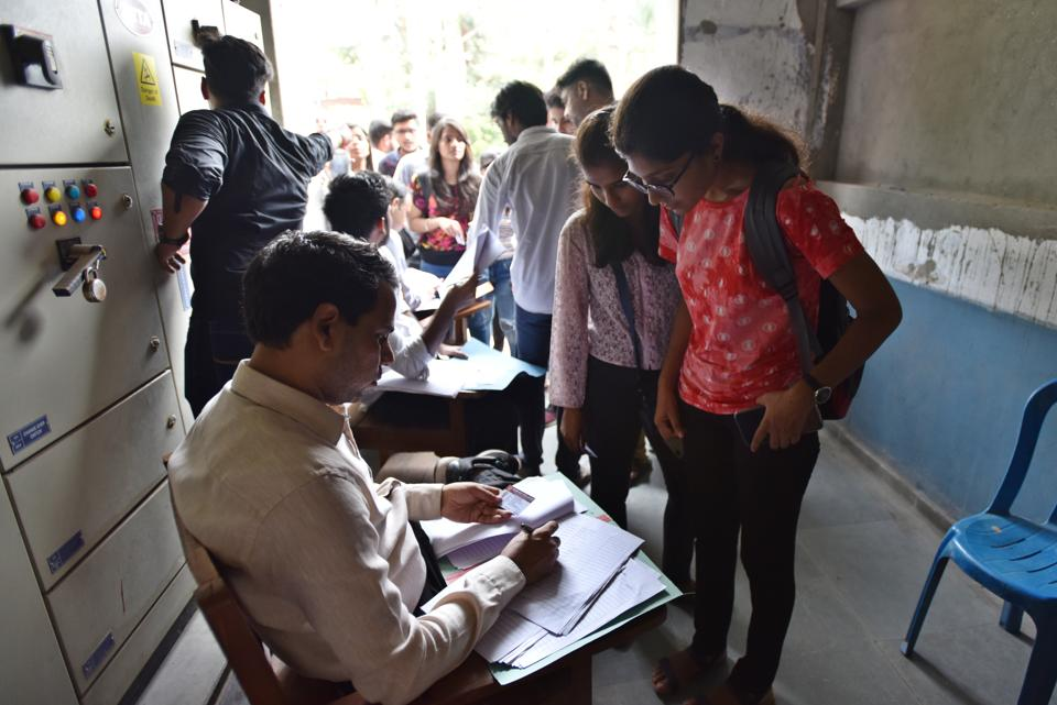 The counting for the Delhi University Students' Union (DUSU) polls was supposed to start at 8.30am but began after almost a two-hour delay as the candidates turned up late, an official said.