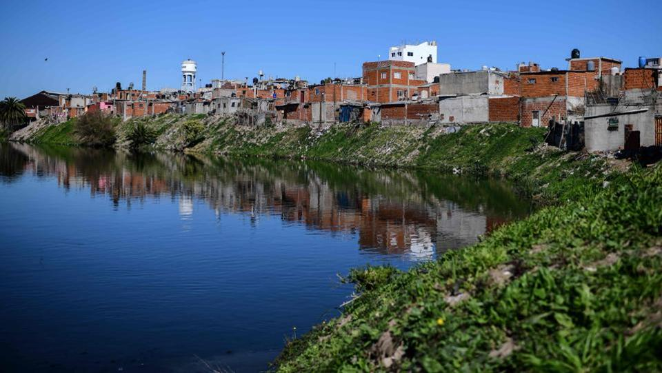 A view of the Villa 21-24 shantytown, where Dagna Aiva's soup kitchen feeds people hit hard by the economic crisis in Buenos Aires. Aiva feeds 200 people a day from those steaming pots in Villa 21-24, the urban coalface of Argentina's economic crisis. (Ronaldo Schemidt / AFP)