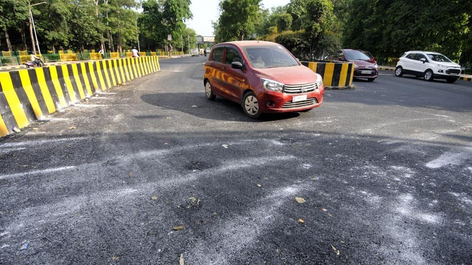 A Noida authority official said the authority will use eight tonnes of plastic waste in construction of two lanes of the said stretch.
