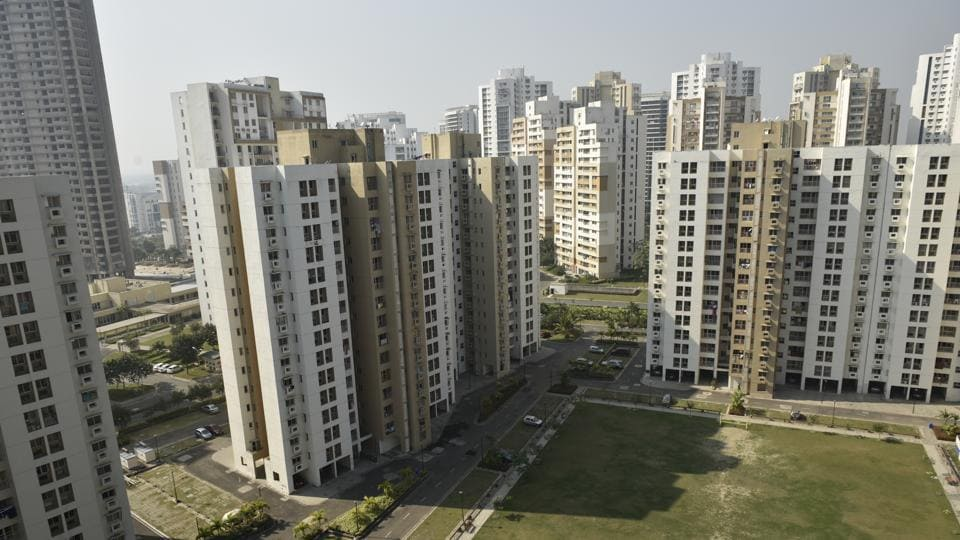Supreme Court has ordered the demolishment of five apartment complexes in Kochi.