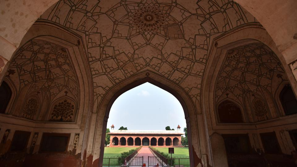 A view of Diwan-i-Aam inside the Red Fort complex, in New Delhi. (Sanchit Khanna / HT Photo)