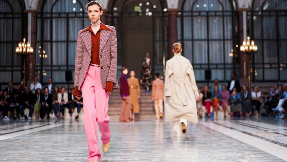 London Fashion Week September 2020.London Fashion Week Spring 2020 Victoria Beckham Sees