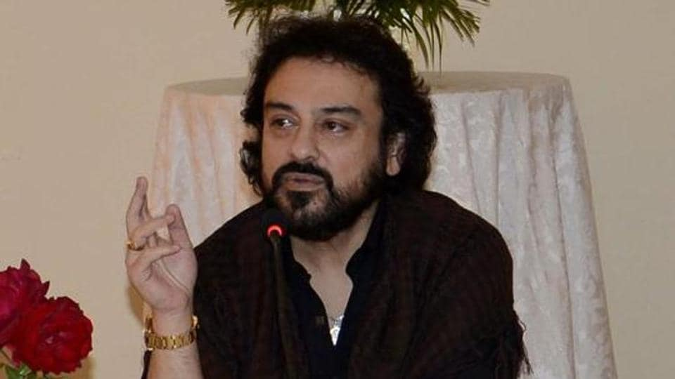 Singer Adnan Sami interacts with local artists.