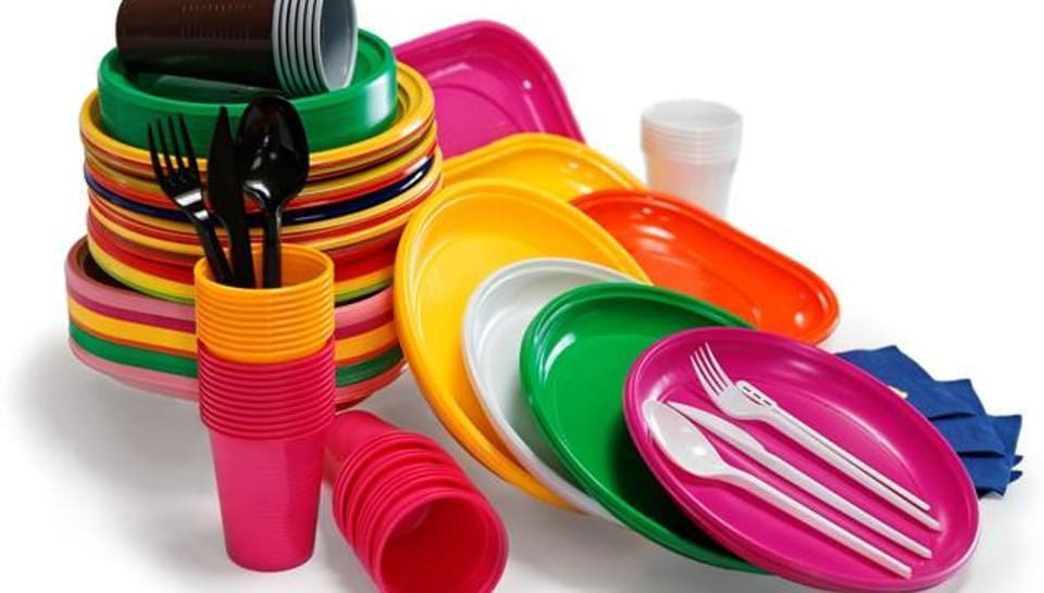 The North MCDwill encourage the use of stainless steel crockery instead of that made from plastic for community events.