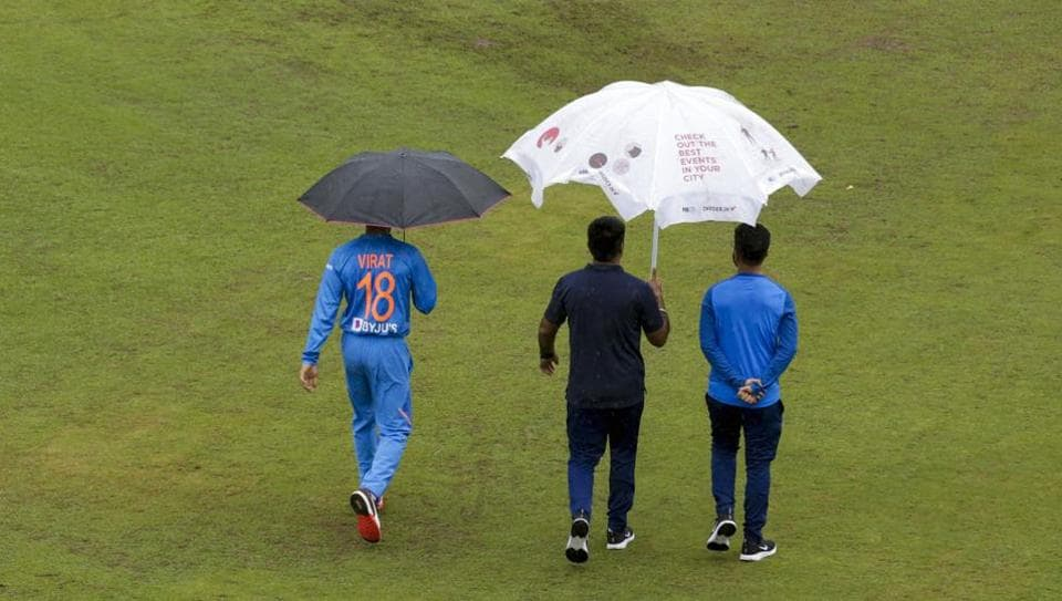 Kohli guides India to easy win over Proteas
