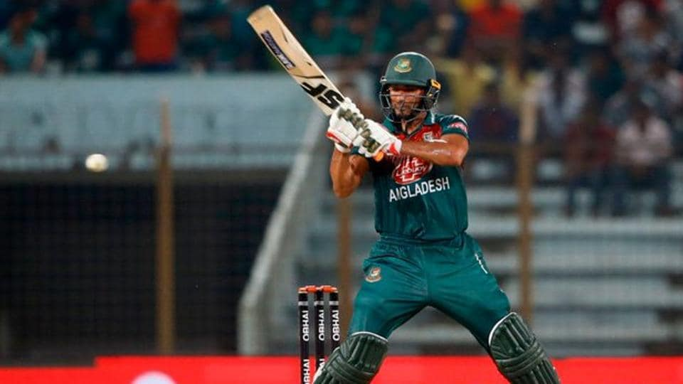 Mahmudullah in action for Bangladesh against Zimbabwe.