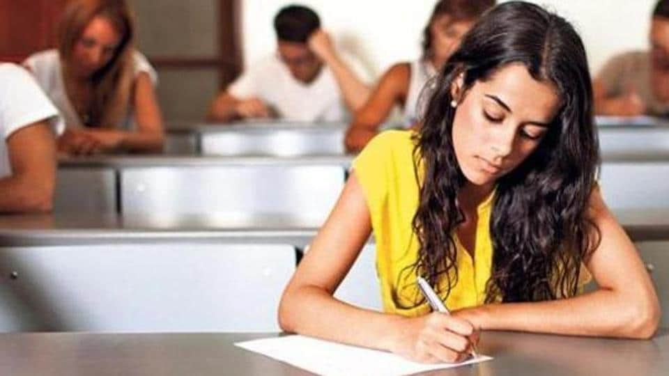 The Central Board of Secondary Education (CBSE) has extended the last date for submitting online application for Central Teacher Eligibility Test (CTET) 2019.