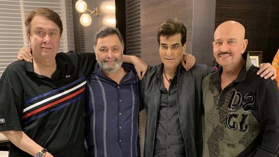 Randhir Kapoor, Rishi Kapoor, Jeetendra and Rakesh Roshan come together for an epic picture.