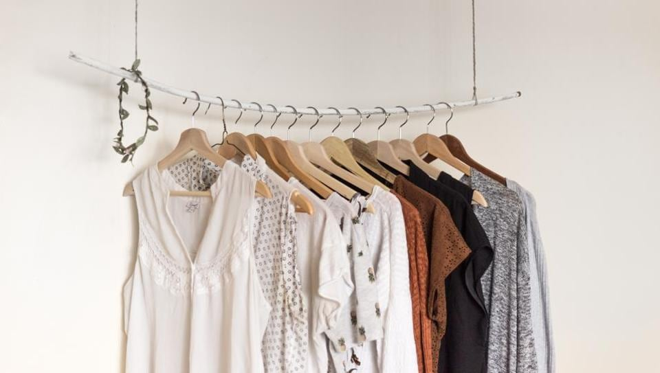 From New York & Company, owned by RTW Retailwinds Inc., to Bloomingdale's and Banana Republic of Gap Inc., more retailers are offering to lend out their clothing for a monthly rental rate.