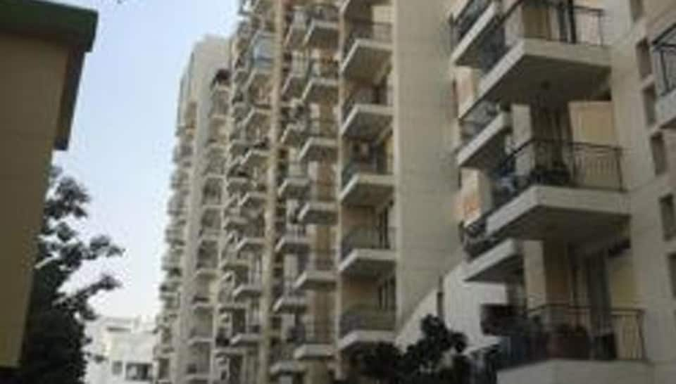 The Supreme Court has set the September 20 deadline for 357 flats in Kochi to be demolished for flouting coastal area regulations.